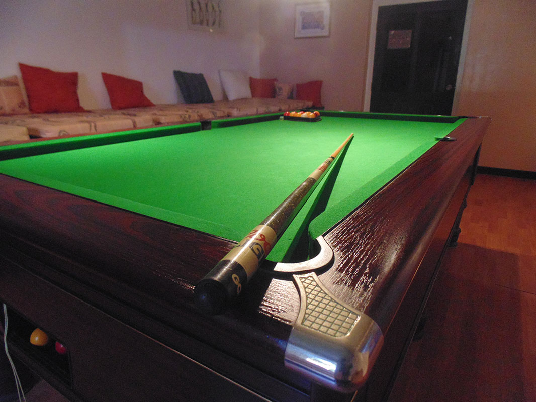 Golden Grove Pool Table